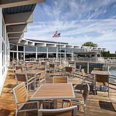 Watermark Bar and Grille by Detroit architectural photographer Don Schulte